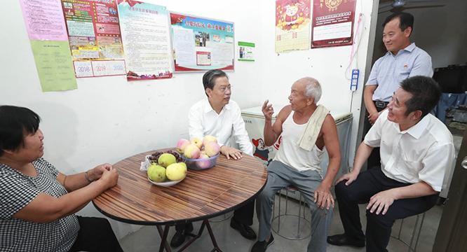 赵乐际在河北调研时强调 坚持守土有责 强化精准监督 确保党中央决策部署不折不扣贯彻落实