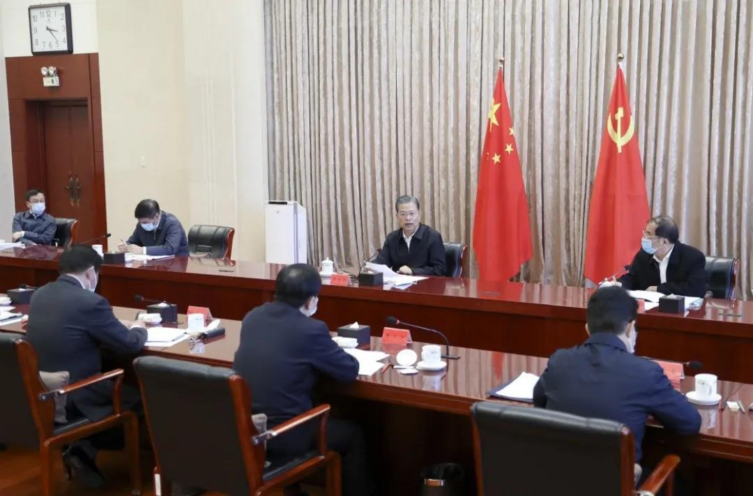 中央纪委常委会举行第十八次集体学习