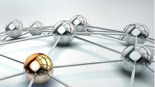 网络空间政治认同:特性、失范与改进