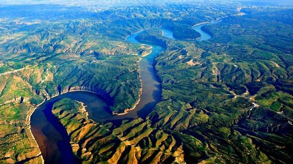 中国为何南方多江北方多河